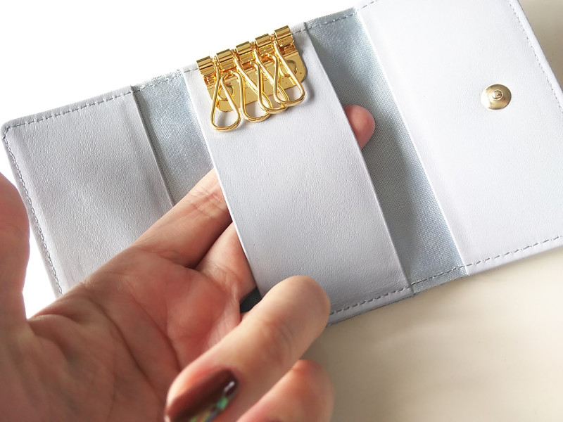 エーテルキーケースのカード収納