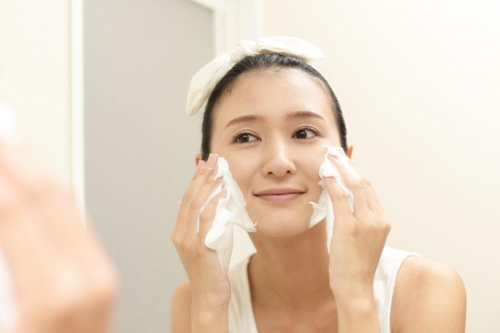 アラフォーの毛穴対策は洗顔から